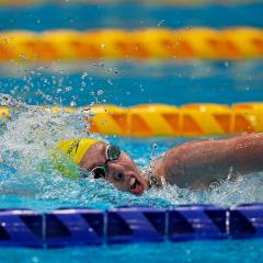 An image of UQ student Lakeisha Patterson in action during her gold-medal swim at the Tokyo Paralympics.
